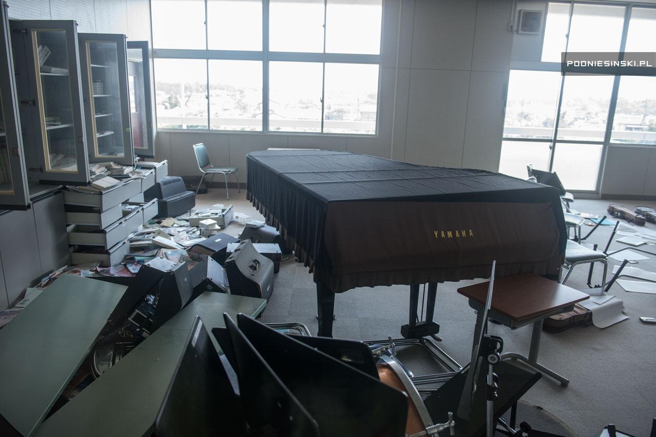 Instrumentos musicais deixados para trás